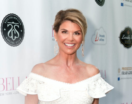 Featured - Lori Loughlin_ Photo Cred_ Teresa Pyskaty copy