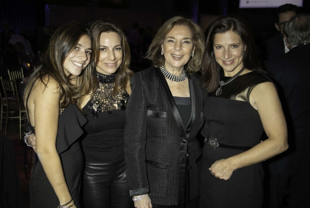Sara Waxman, Bettina Waxman, Marion Waxman and Julie Waxman